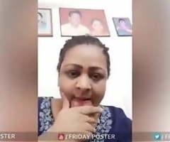 Shakeela Mallu Wants To Show The brush Obese Boobs On Gupchup