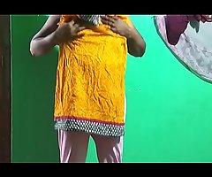 tamil aunty telugu aunty kannada aunty malayalam aunty Kerala aunty hindi bhabhi horny desi north indian south indian horny vanitha wearing white legings school instructor showing big boobs and shaved snatch press fast boobs press chew fretting snatch vegetable