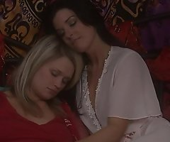 Heather star with an increment of india summer have a lesbo affair