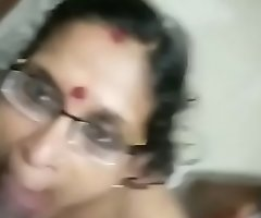 Mature mallu mom giving blowjob and taking spunk in mouth