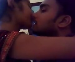 beautifull indian girl can t control on lip kiss - long kiss